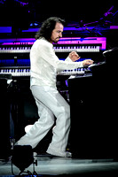 Yanni Performs in Toronto