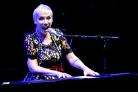 Annie Lennox Performs in Toronto