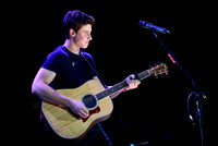 Shawn Mendes Performs in Toronto